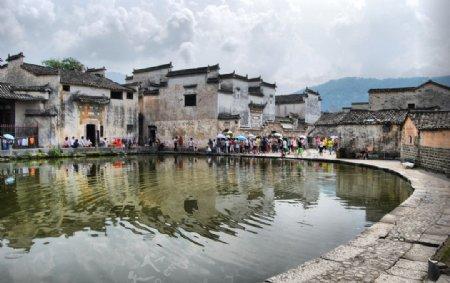 宏村之游人如织图片