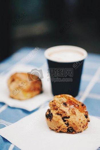 布朗饼干除了黑白一次性杯子
