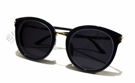 纯白背景太阳眼镜