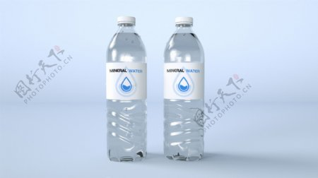矿泉水瓶子样机装满水带水珠