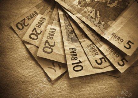 散开欧元纸币
