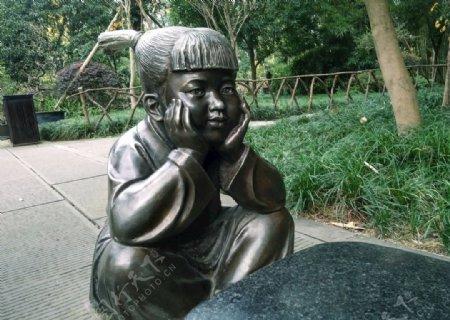 杜甫草堂小女孩塑像雕塑