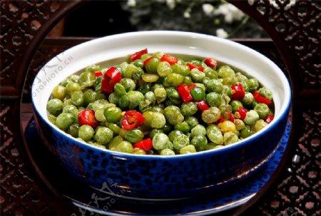 椒香青豌豆图片