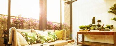 阳光超大阳台图片