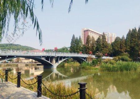 地质大学红军桥图片