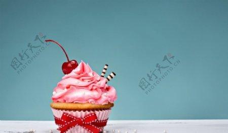 杯状小蛋糕图片
