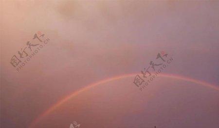 天空彩虹傍晚雨后图片