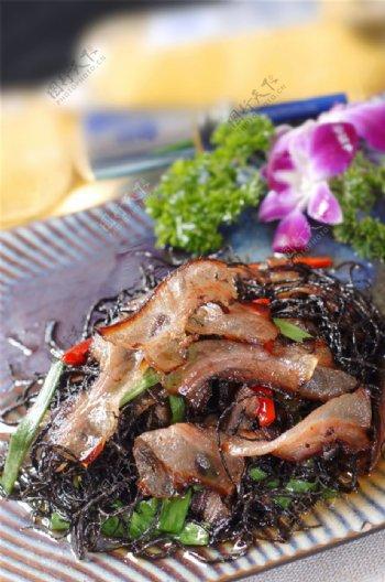 黑桃花烩腊肉图片