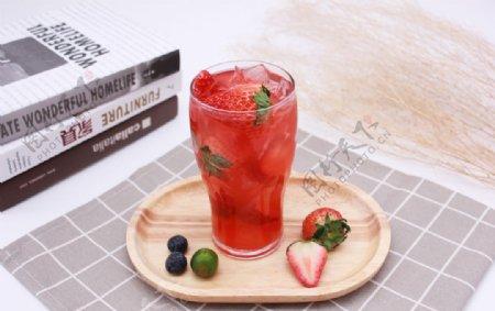 草莓汁草莓饮品冷饮图片